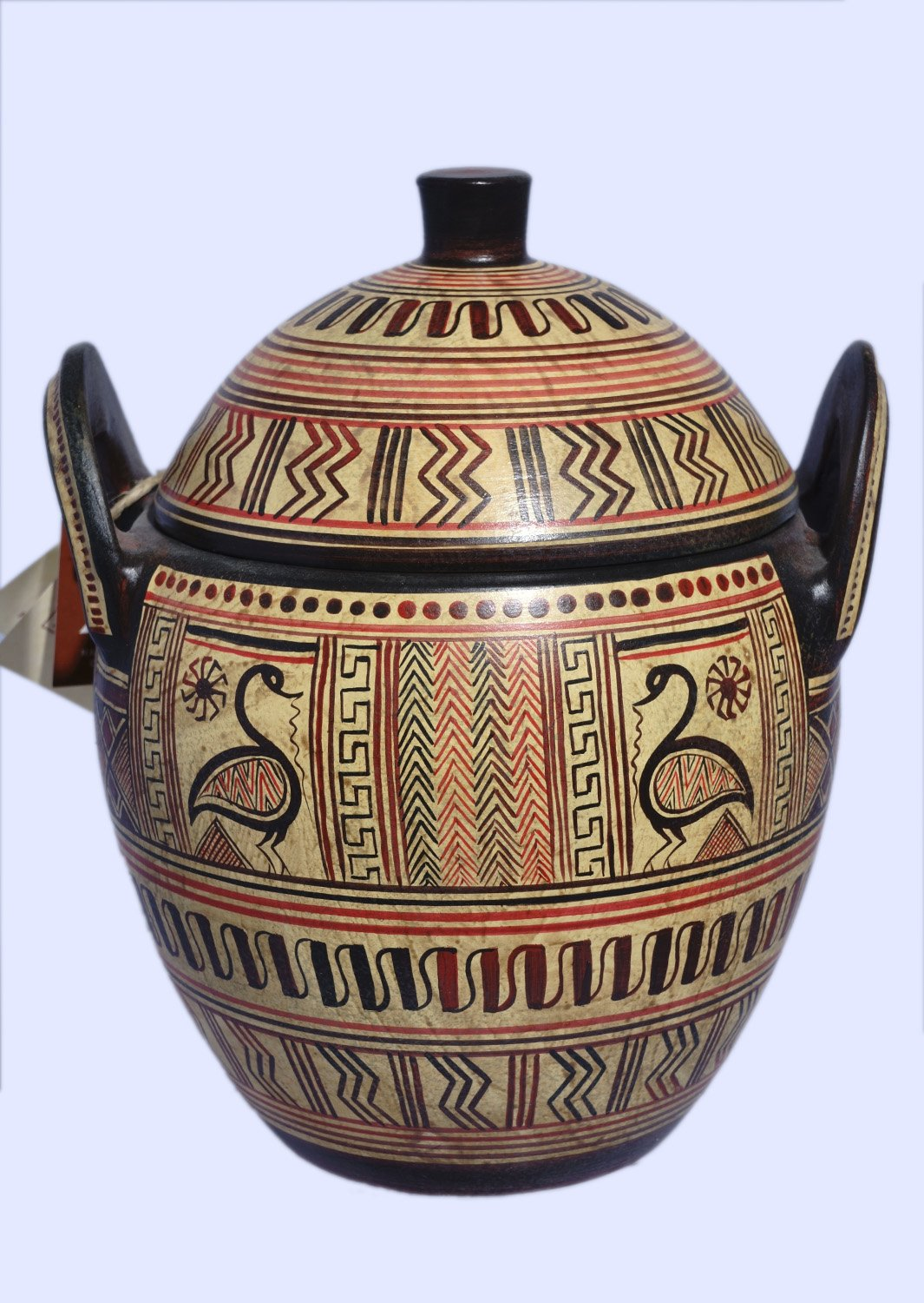 Boeotian pyxis with geometric decoration