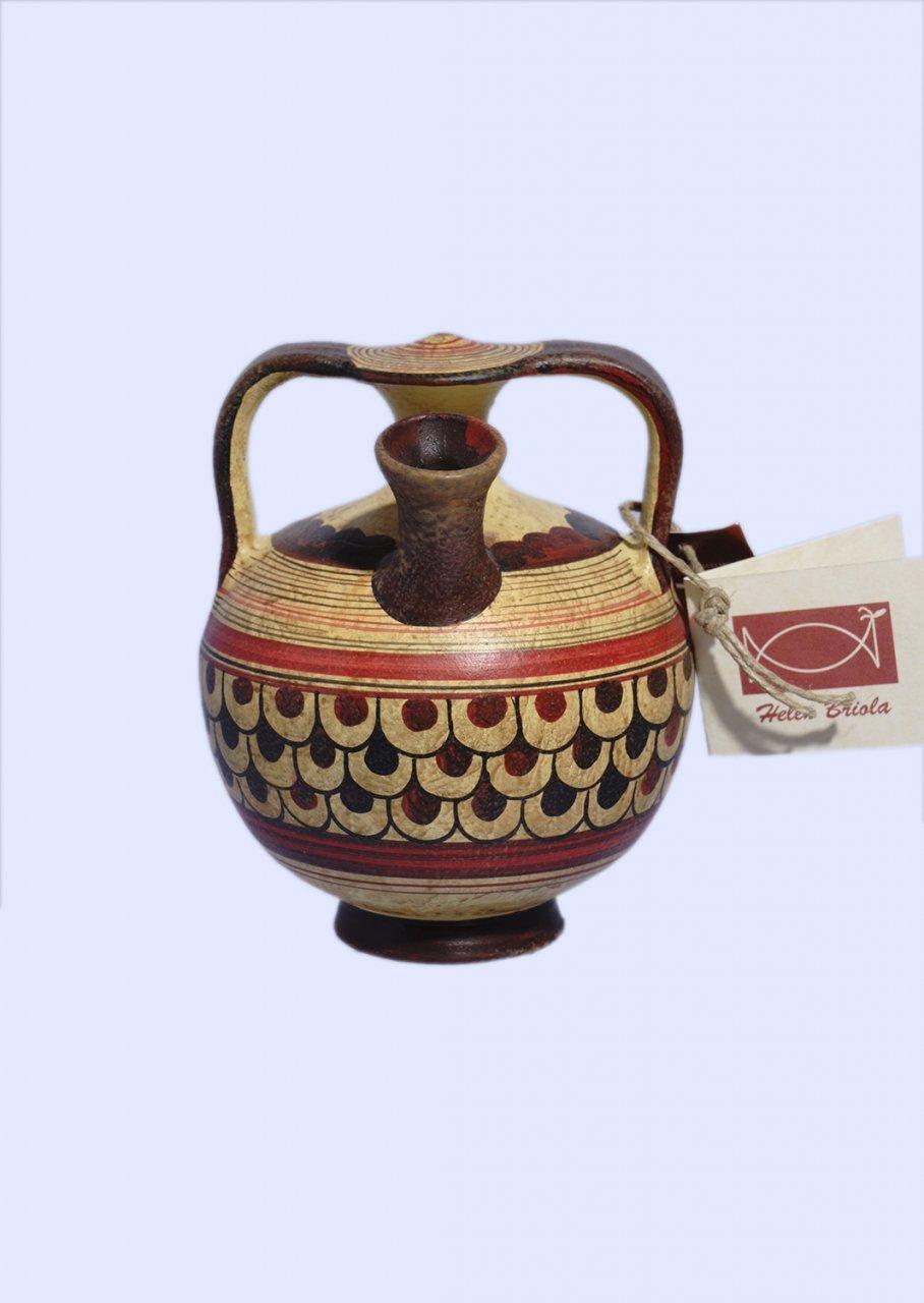 Late Minoan small stirrup jar with geometric decoration