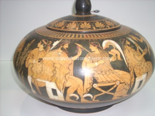 RED FIGURED PYXIS Greek pottery Ancient greek vessels