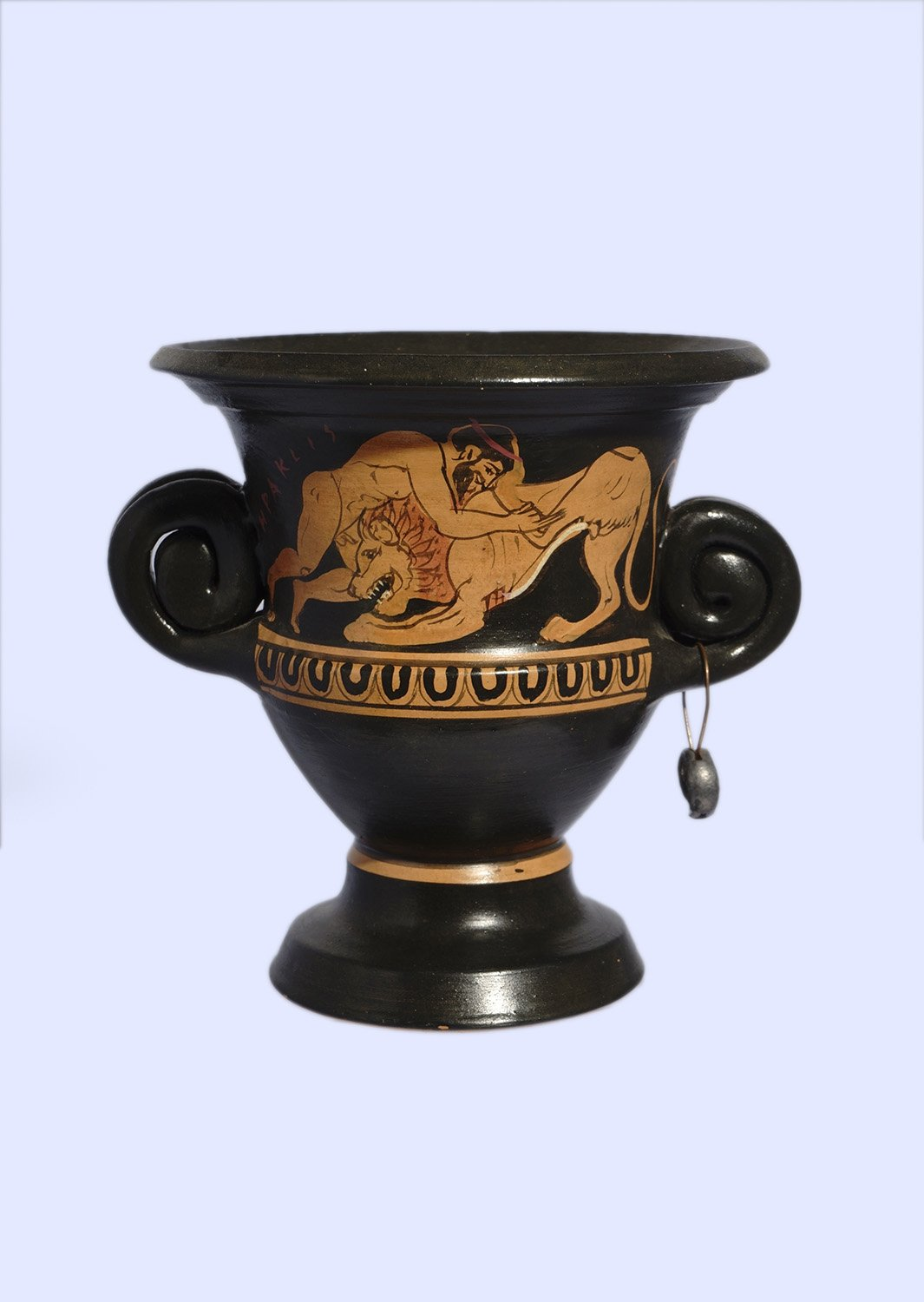 Classical red-figure crater with Hercules fighting with the Nemean lion