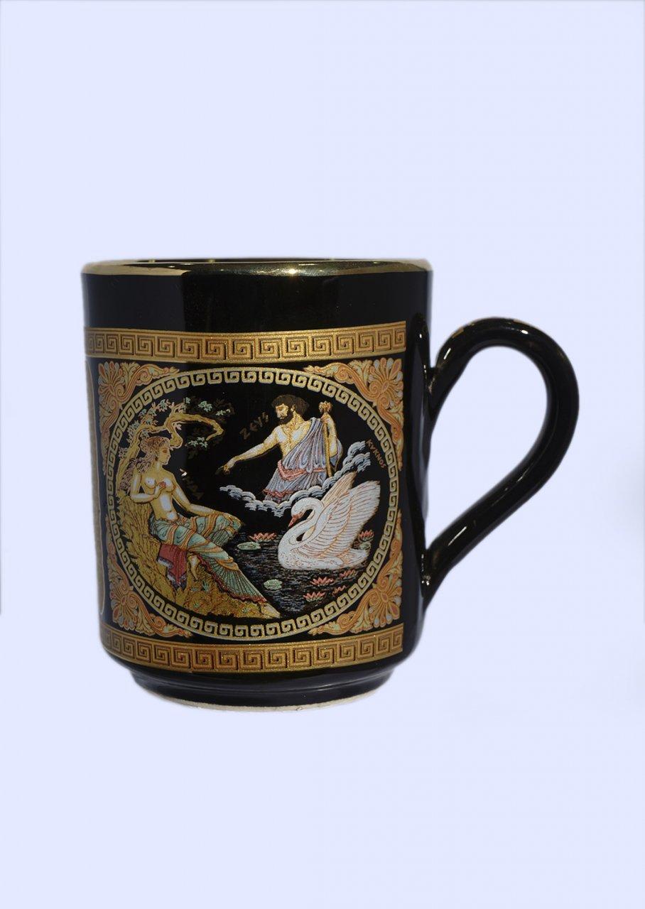 Black porcelain mug with Zeus and Leda - 24K gold