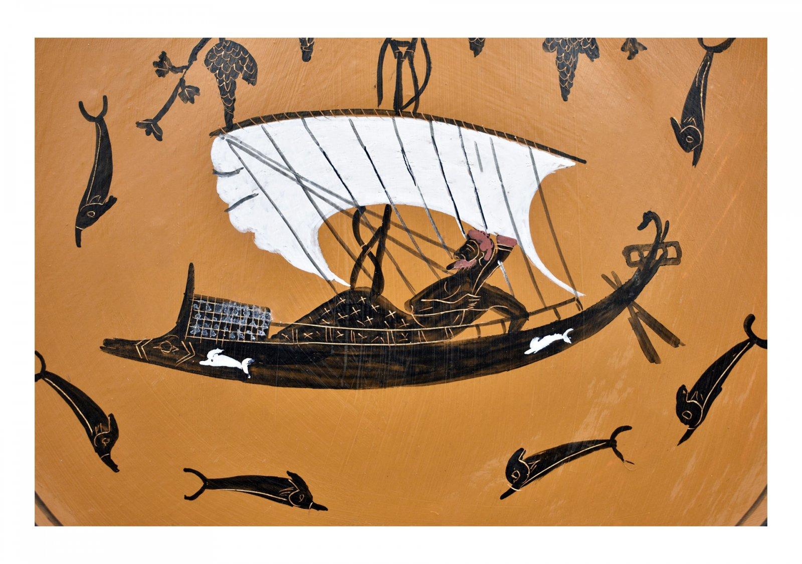 Greek Attic black-figure ceramic plate depicting God Dionysos in a ship (20cm)