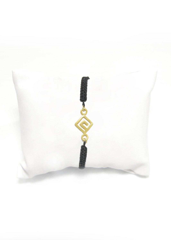 Greek key design - Meander gold macrame bracelet