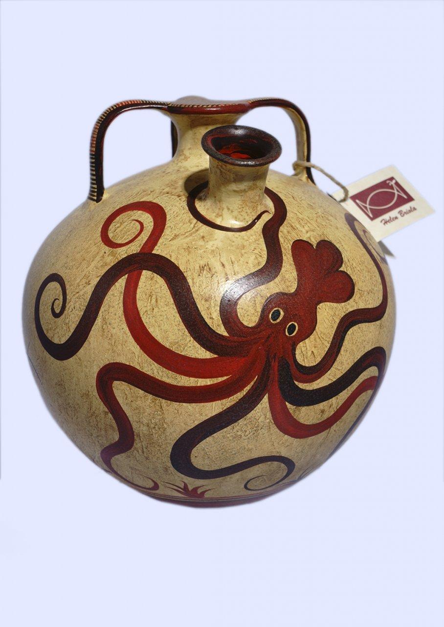Minoan Greek false - neck amphora with an octopus