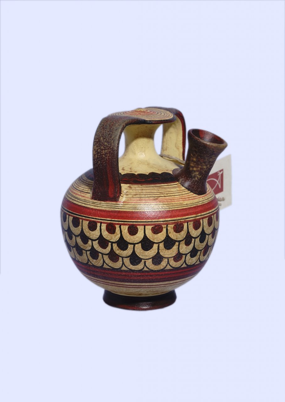 Late Minoan small stirrup jur with geometric decoration