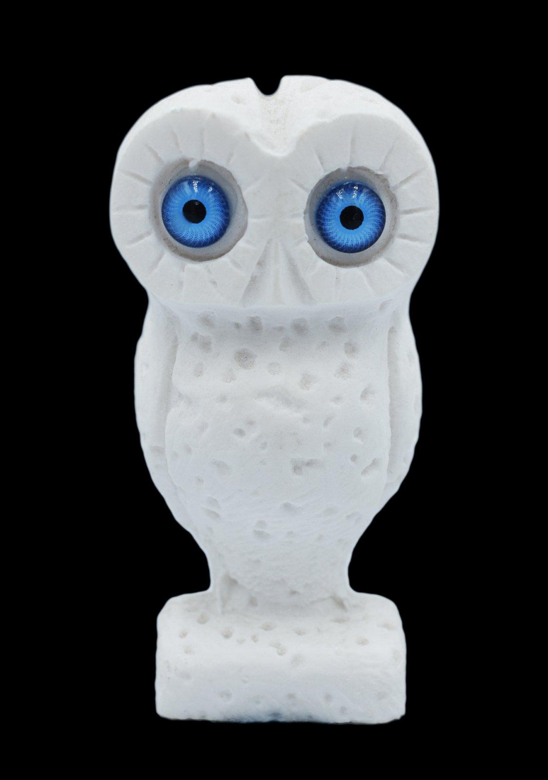Owl small alabaster statue, the symbol of wisdom (No.3)