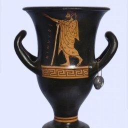 Handmade Red-figure kantharos depicting Dionysus and Athena 1