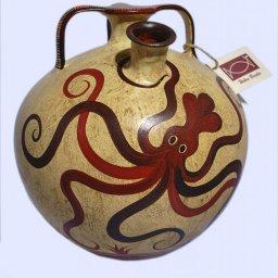 Minoan Greek false - neck amphora with an octopus 1
