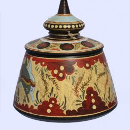 Minoan large Greek pyxis with dolphins 2