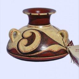 Minoan jar with 3 handles 1