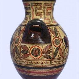 Protogeometric ceramic amphora with Griffin Guardian 2